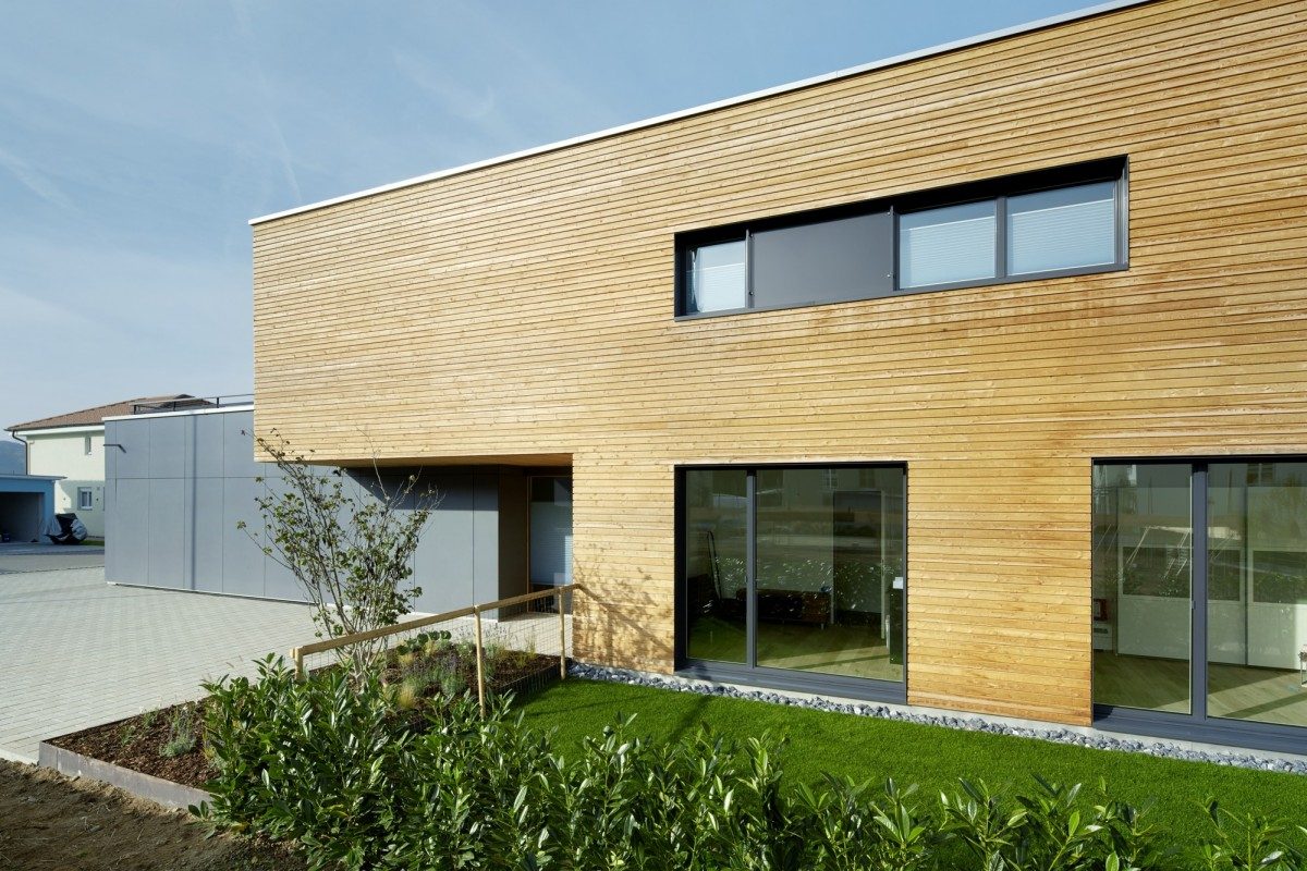 referenz einfamilienhaus sisseln renggli ag. Black Bedroom Furniture Sets. Home Design Ideas